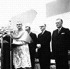 Le cardinal Paul-Émile Léger, Jean Drapeau et Jean Lesage